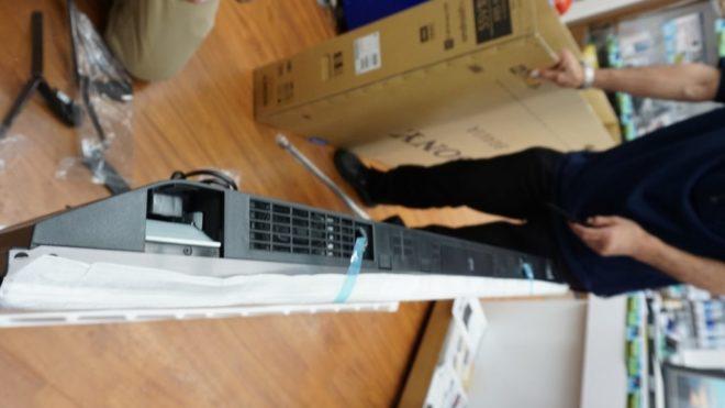KJ-55X9500H展示リポート【組立編】
